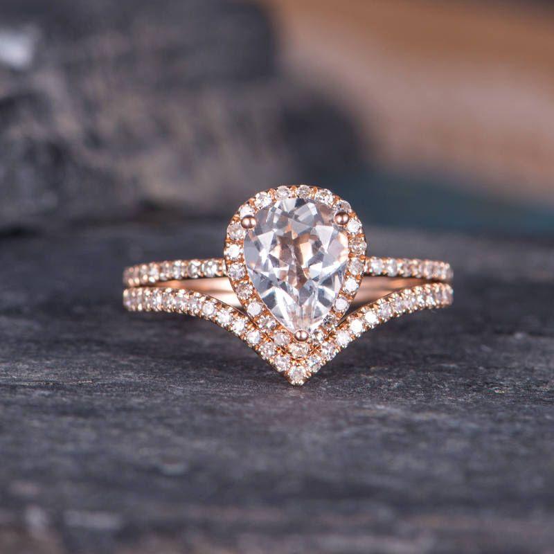 24++ Pear shaped bridal set white gold information