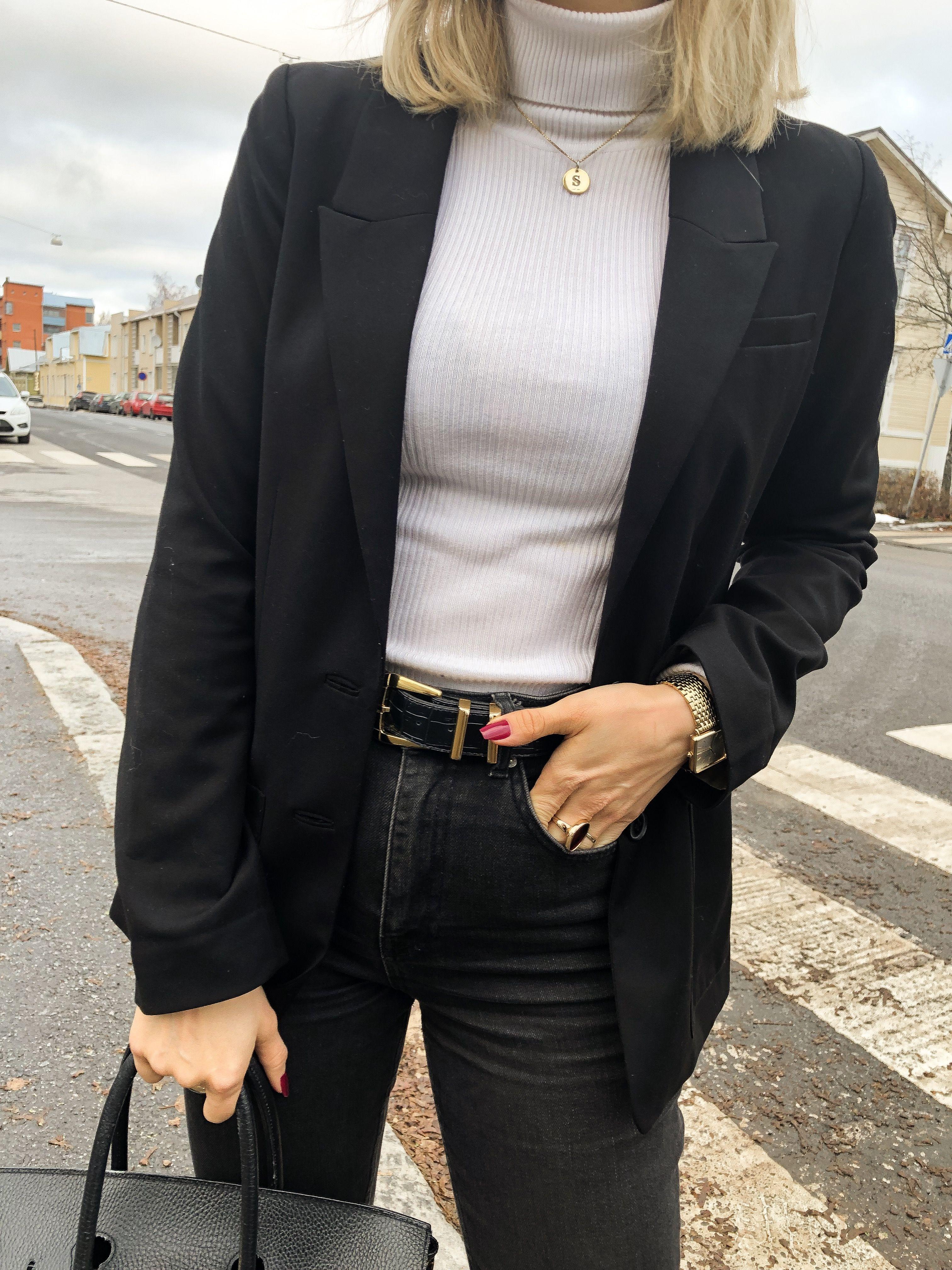 Black and white outfit   Scandinavian fashion women, Scandinavian ...