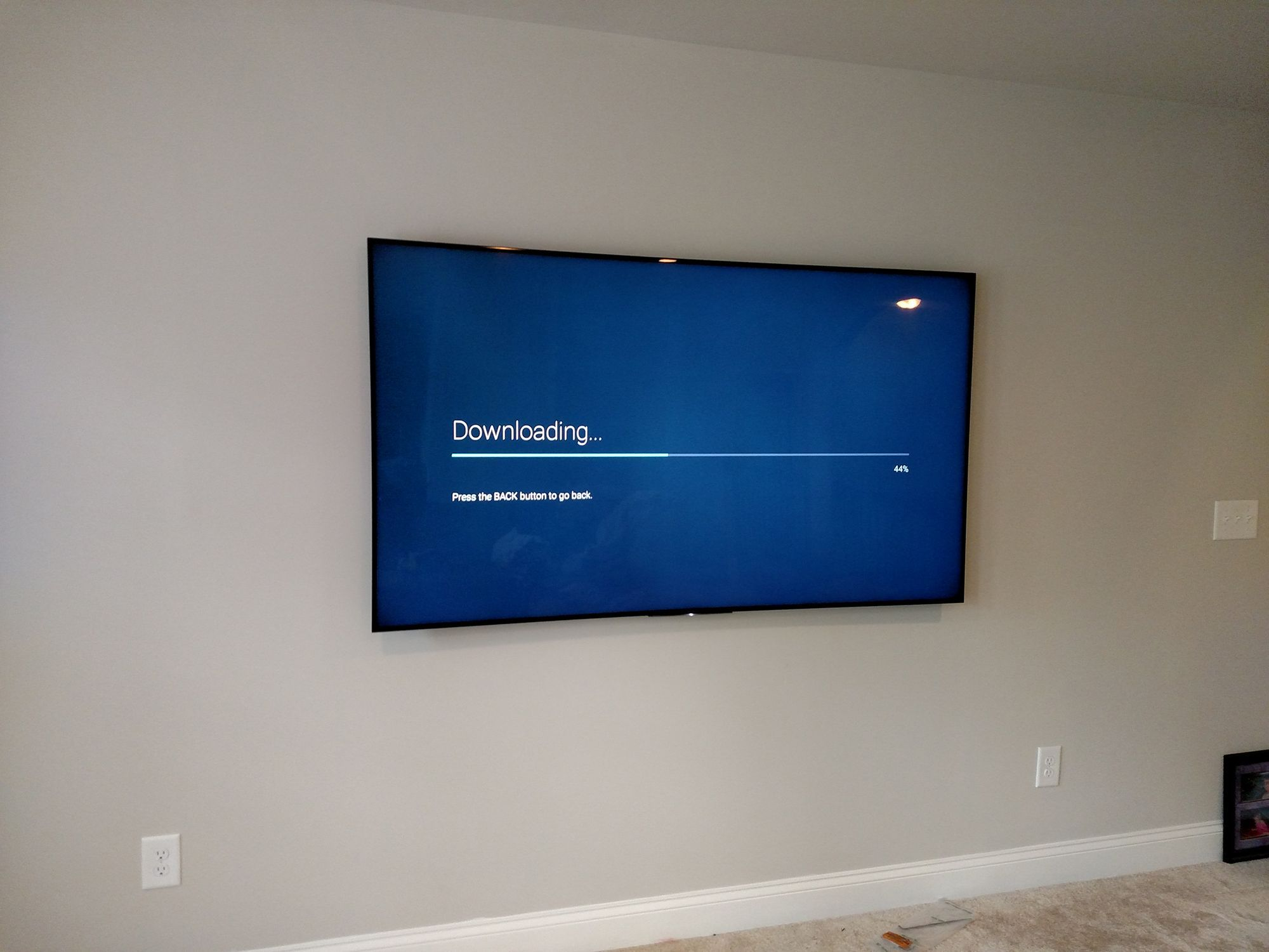 Sony 75in TV install by Grand Central Wiring & Home Audio Video. With this  TV install we used an ultra low profile TV mount to keep the TV as snug to  the ...