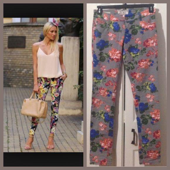⚡️sale Gray flowery detail jeans Blue orange red green floral design denim TRADE$30 Jeans