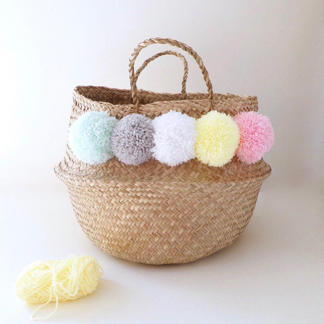 basket thai 45 cm pastel multicolored tassel decor baskets panier pompons paniers pompons. Black Bedroom Furniture Sets. Home Design Ideas
