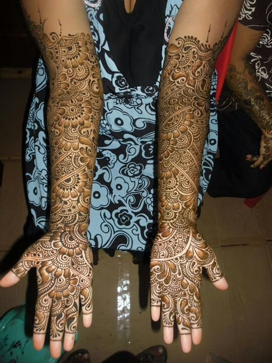 Really beautiful henna design