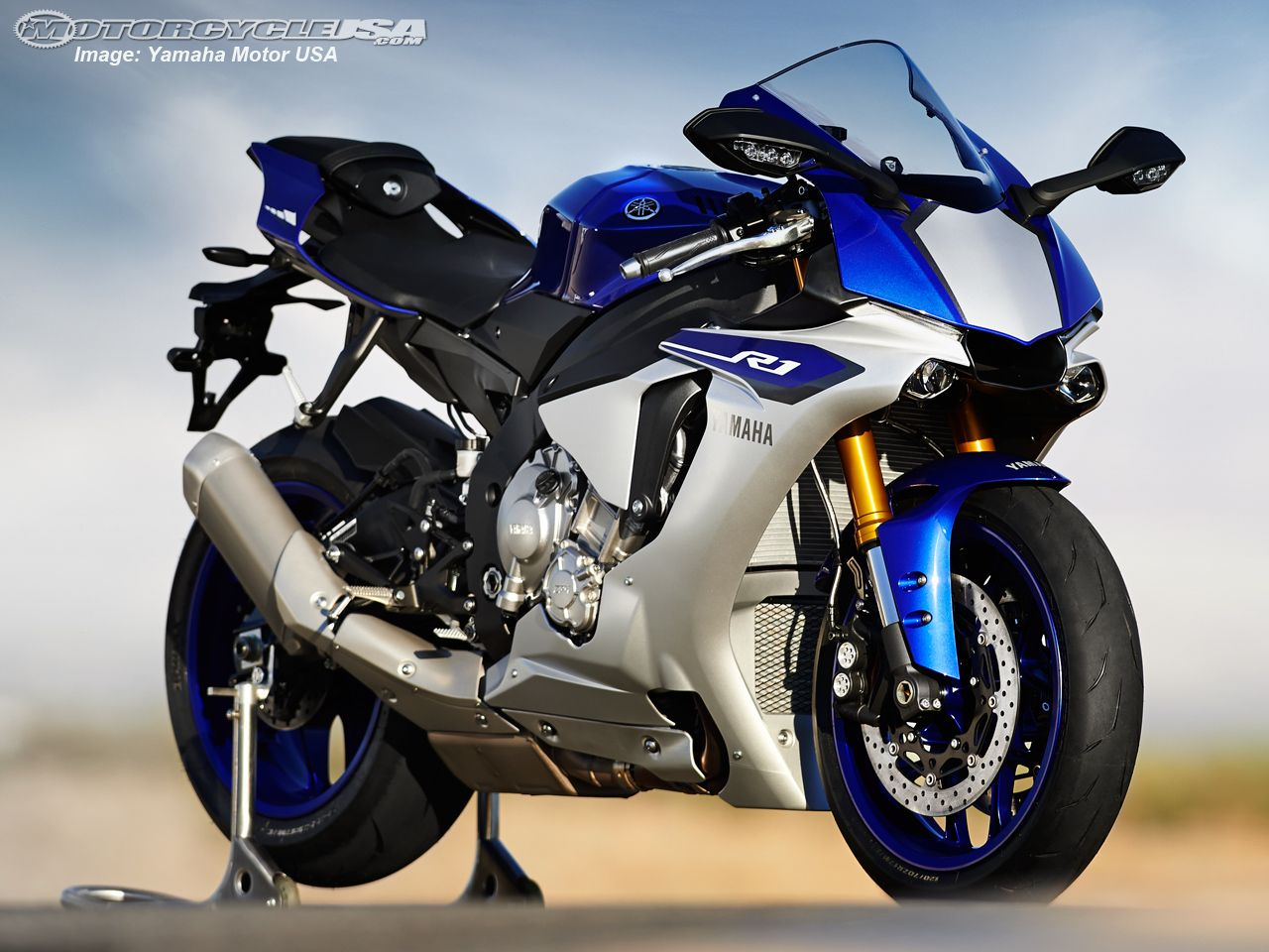 Yamaha YZFRM Supersport Motorcycle Model Home