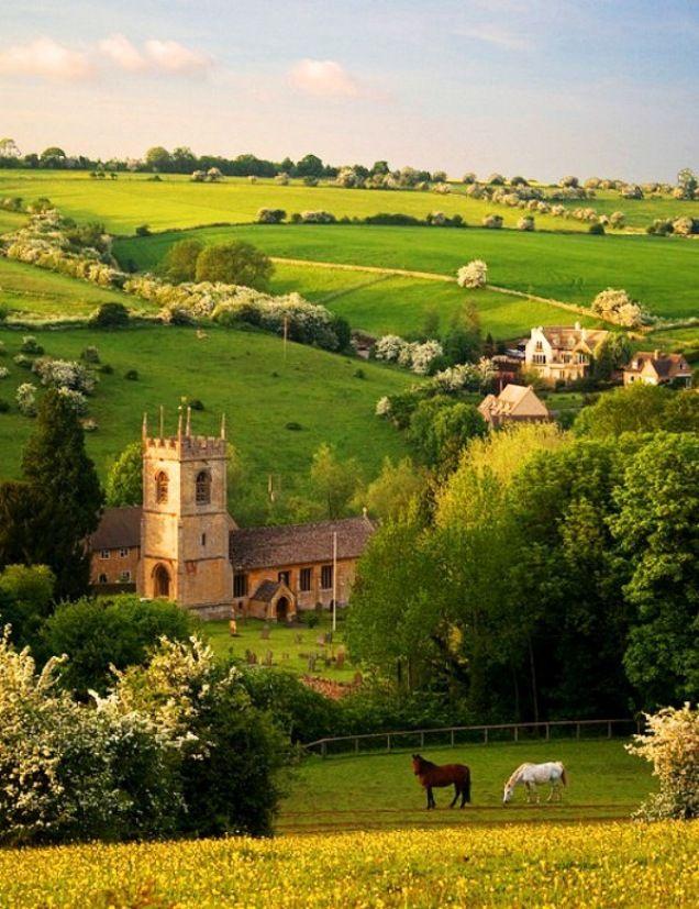 Foto pemandangan desa yang indah sekali Pemandangan