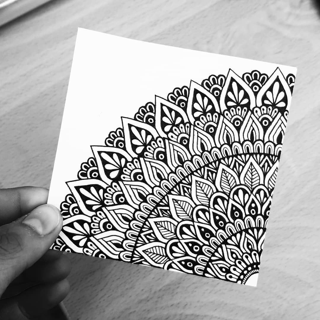 Chanelle Maggs On Instagram Little Mandala Doodle Gorgeousmandalas Mandalaslovers Mand In 2020 Mandala Doodle Mandala Design Art Easy Mandala Drawing