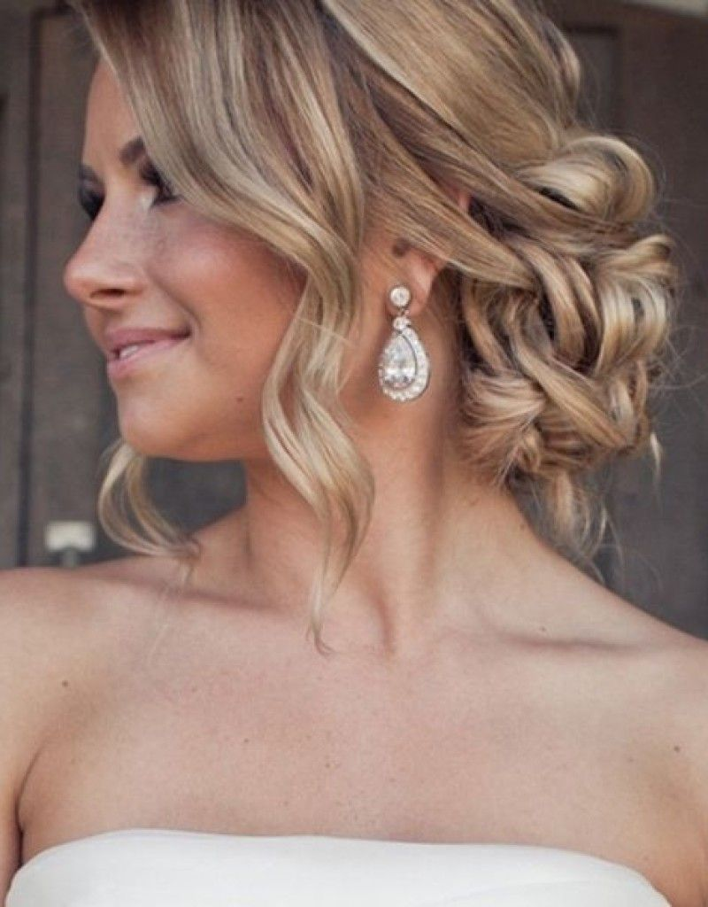 10-best-prom-updos-for-long-hairs-loose-low-bun | wedding