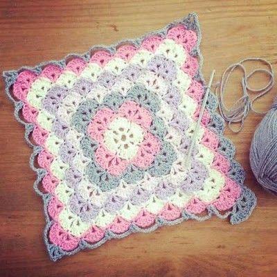 Beautiful Shells Border Yarn Projects Crochet Blanket Patterns
