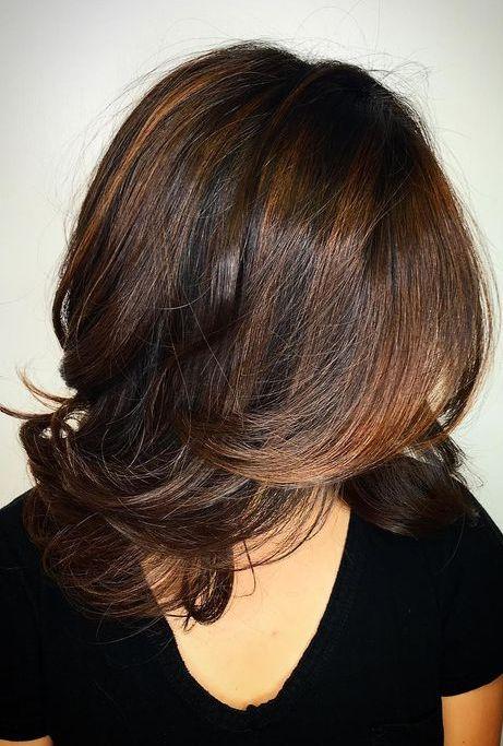 Hair Color Ideas For Medium Hairstyles 2018 Winter Spring Medium Hair Styles Medium Layered Haircuts Hair Styles