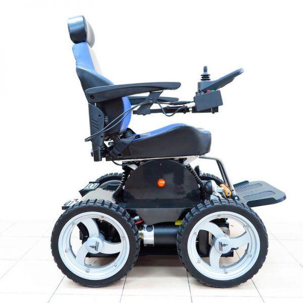 pw 4x4q stair climbing wheelchair vehicles pinterest powered rh pinterest com