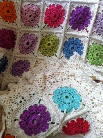 Gry Aarestrup: Hæklet tæppe..