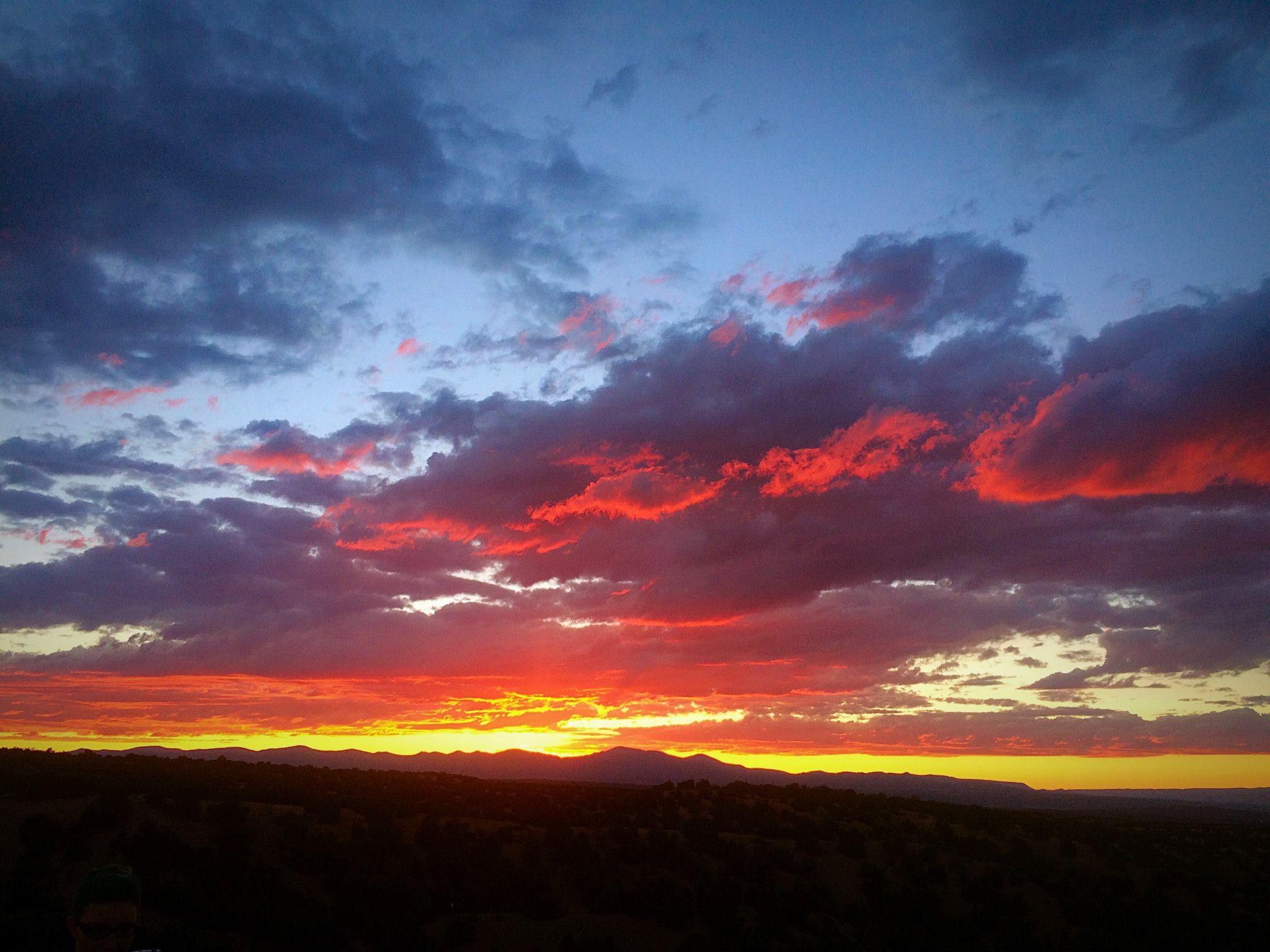 A lovely sunset! #mayarosedesigns #sunset #santafeopera #photography #santafeNM #santafe #newmexicotrue