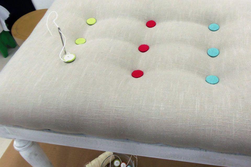 C mo hacer una banqueta con capiton banquetas tapizado - Como tapizar una banqueta ...