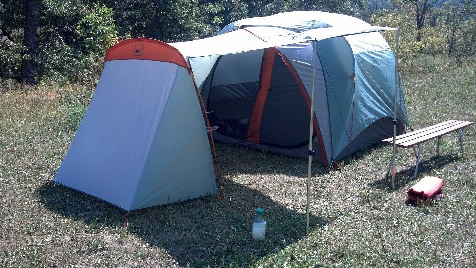 REI Hobitat 4 with garage - favorite -) & REI Hobitat 4 with garage - favorite :-) | Tents Only | Pinterest