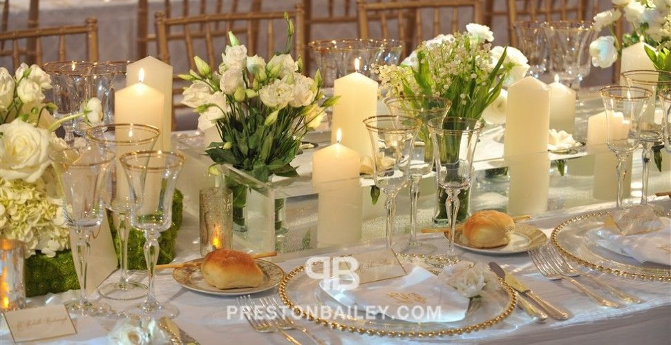 Centerpiece flowers long table low centerpieces modern for Long table centerpieces