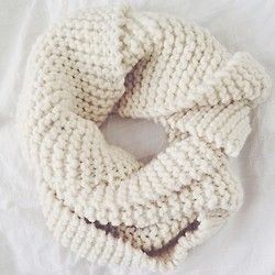 Hello my name is 'Billie' and I would like to keep you warm this winter #billie #scarf #handmade #wool #collection #heartworking #knitwear #australia #ilovemrmittens