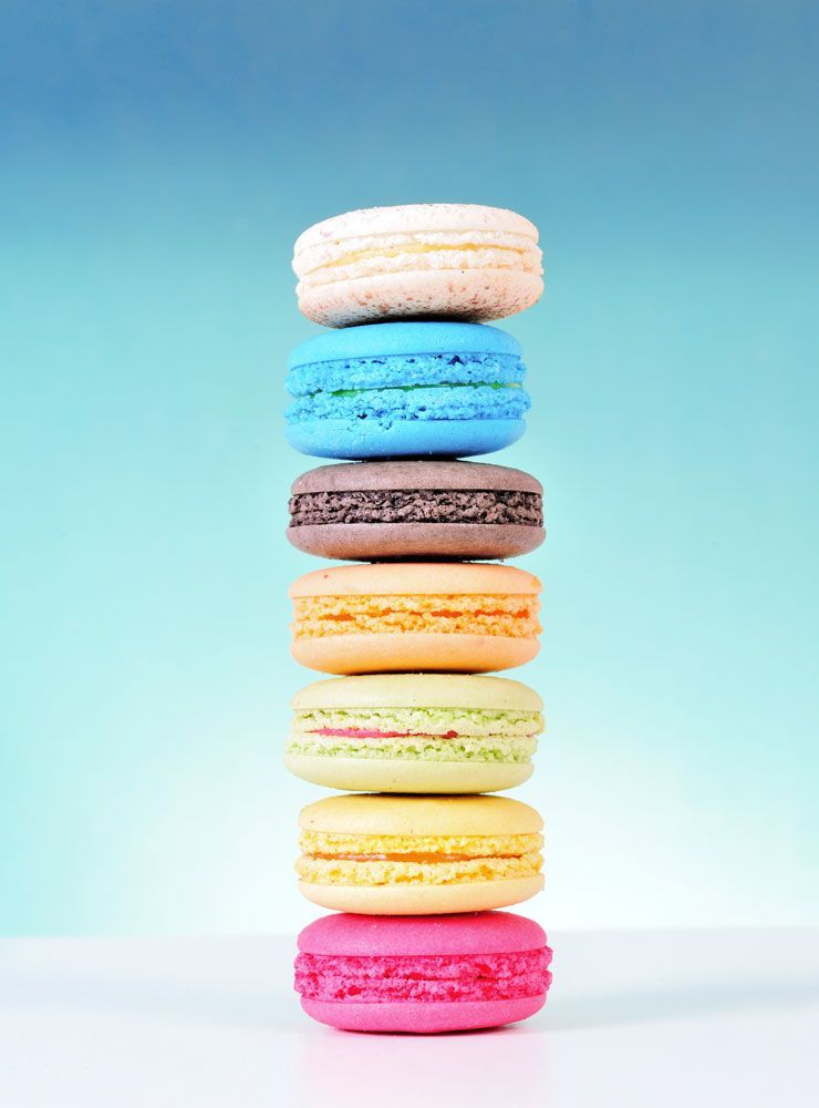 The Internet Is Obsessed With These Macarons Macaron Wallpaper Macaron Recipe Macaroon Wallpaper