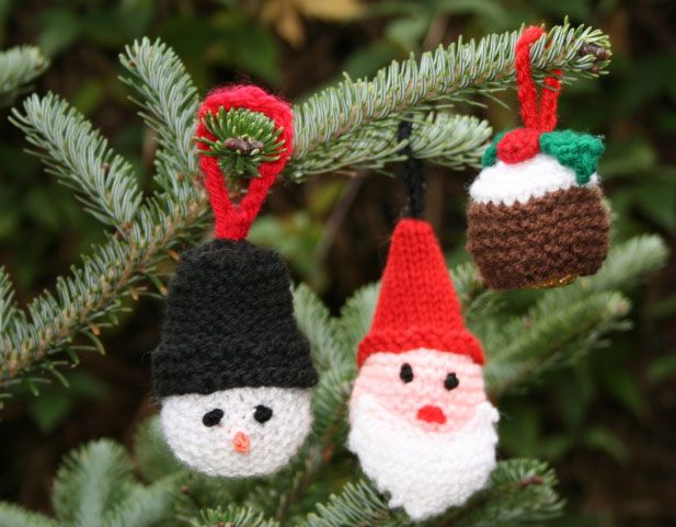 Ferrero Rocher Christmas Cosies And Tree Decorations Christmas Knitting Crochet Xmas Gifts Christmas Knitting Patterns Free