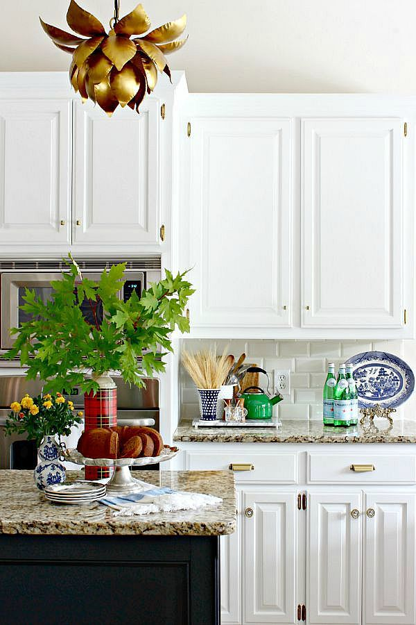 Adventures In Decorating Our 2015 Fall Kitchen: BLOGGER STYLIN' HOME TOURS: FALL 2015