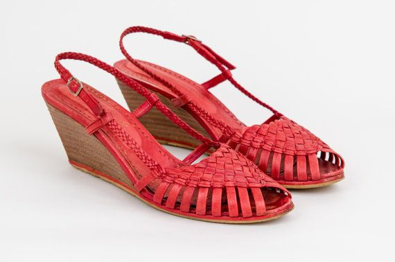 1970s coral red woven leather high heel wedge sandals size 7.5