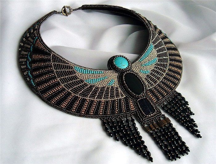 Bead embroidery necklace egyptian motifs?
