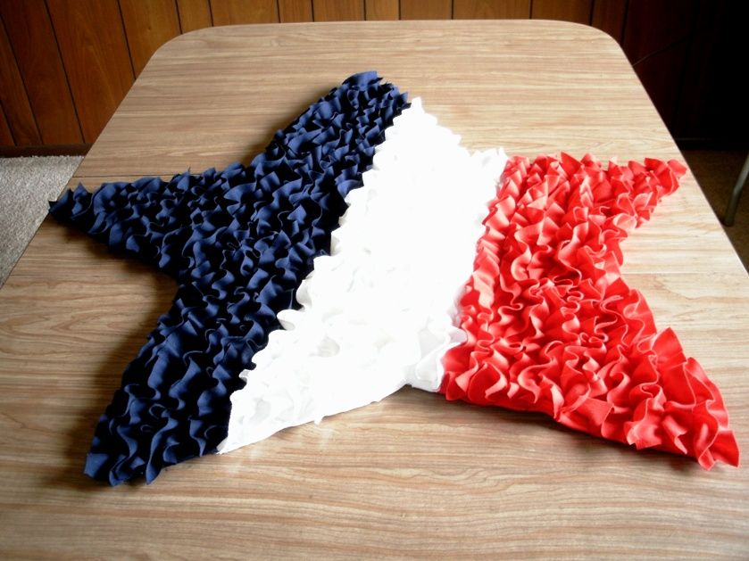 Blue Star Shaped Rug Made With Ruffles