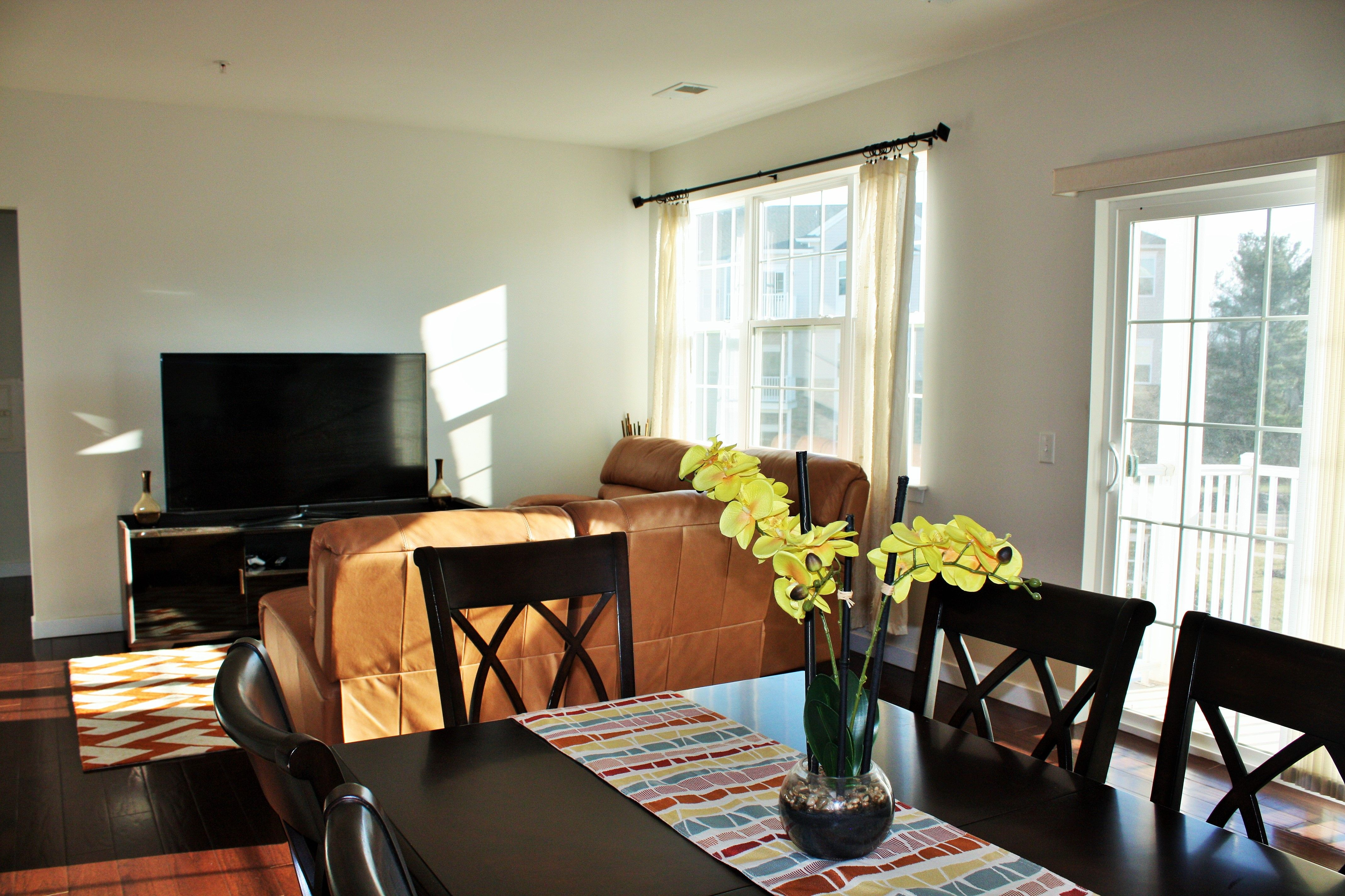Master bedroom hardwood floors  THREE YEAR YOUNG NEW YORK STYLE CONDO WITH HARDWOOD FLOORS GRANITE