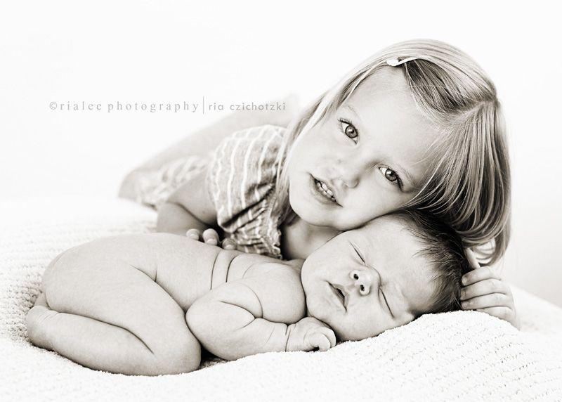 Baby photos · cute sibling pose