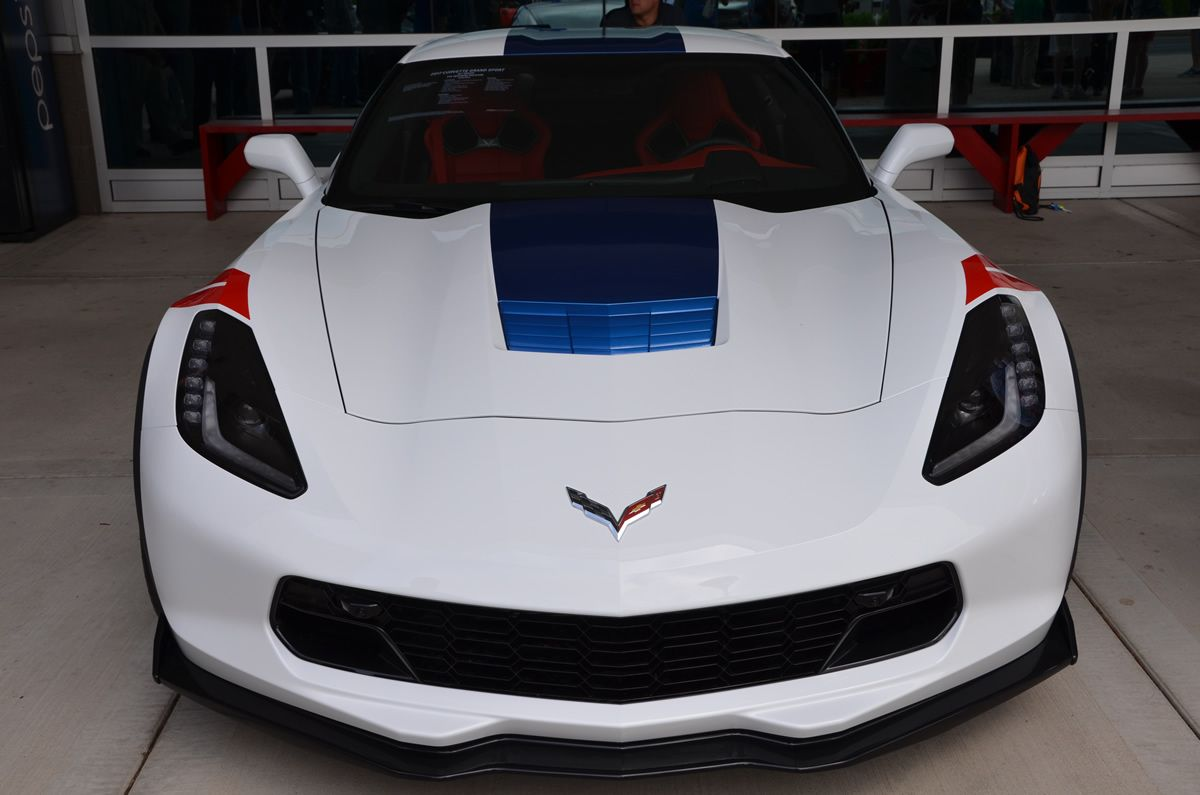 2017 corvette grand sport heritage package in arctic white corvette - 2017 Corvette Grand Sport Z15 Heritage Package In Arctic White With Adrenaline Red Interior And The