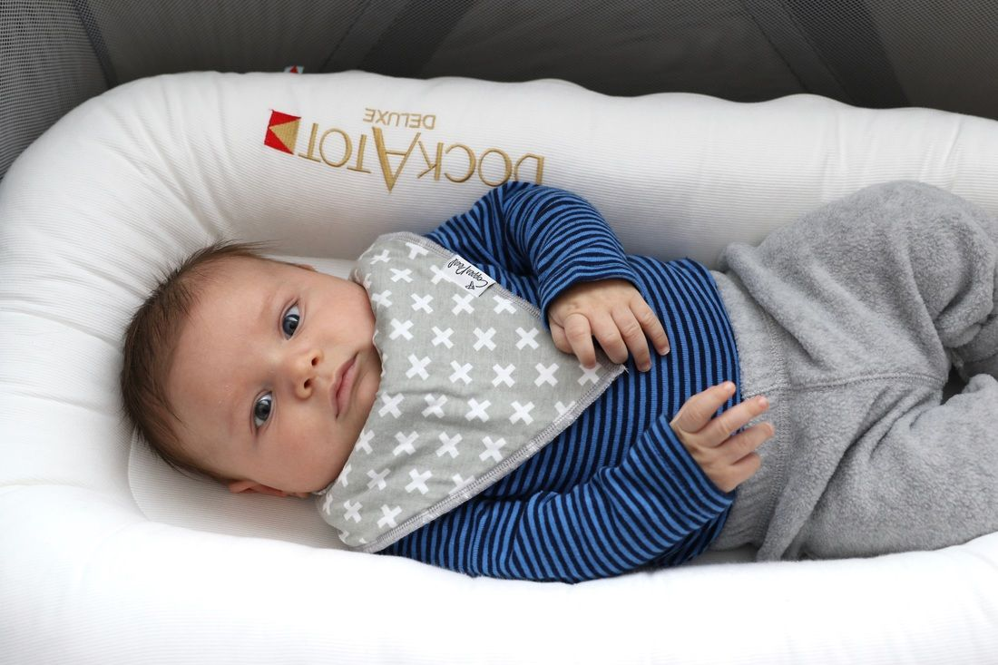 Babyzimmer Leo ~ Dockatot is another new mom must have leo started sleeping