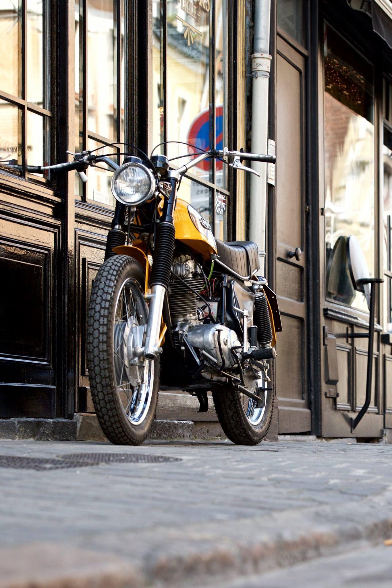 A Beautifully Restored 1972 Ducati Scrambler 350 Ducati