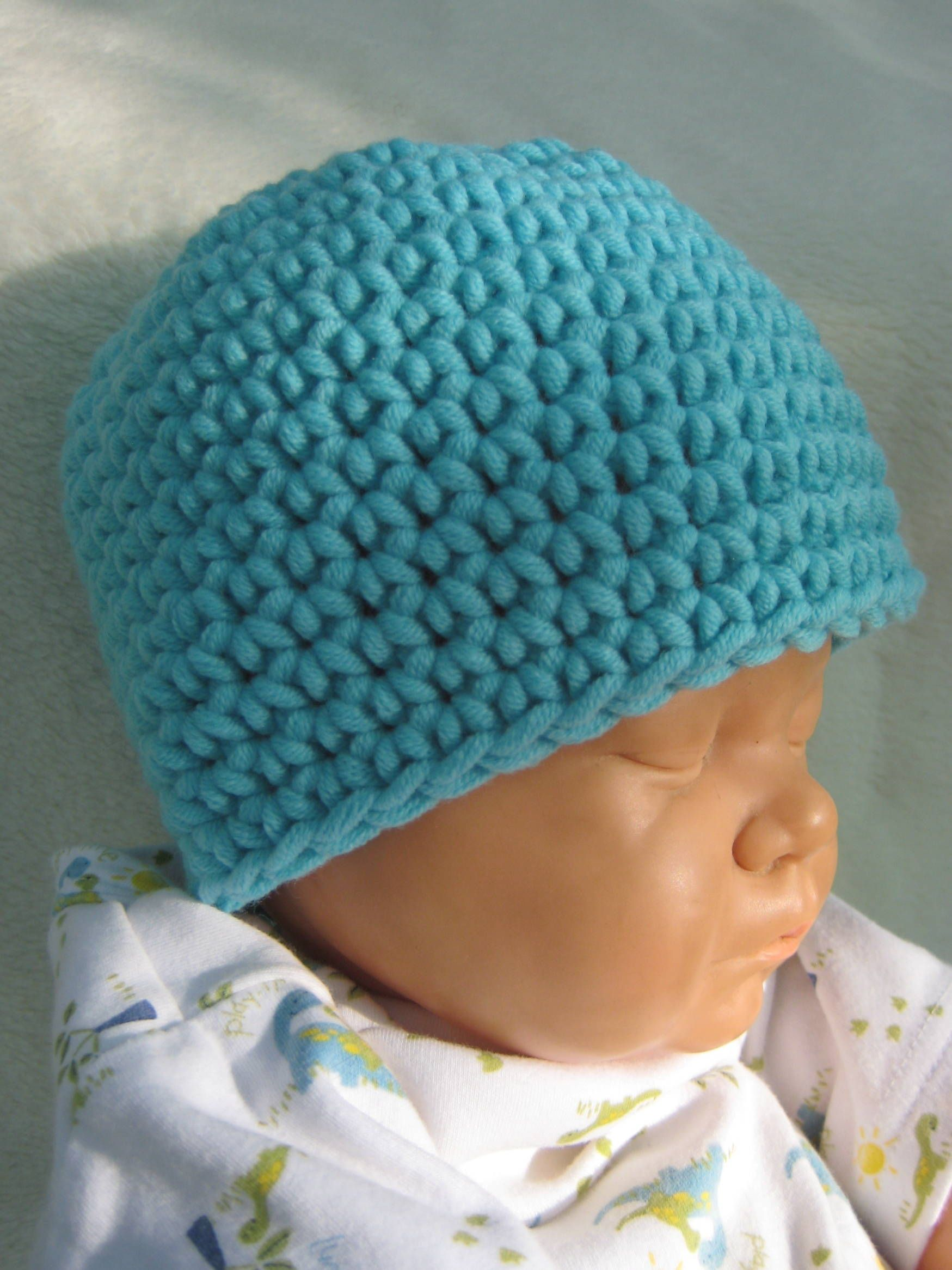 Crochet a Beanie for Your Baby with This Easy, Free Pattern | Gorros ...