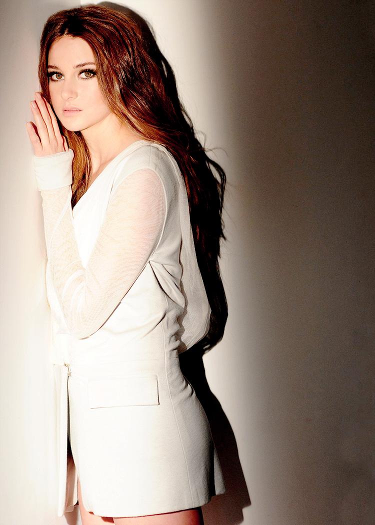 Shailene W