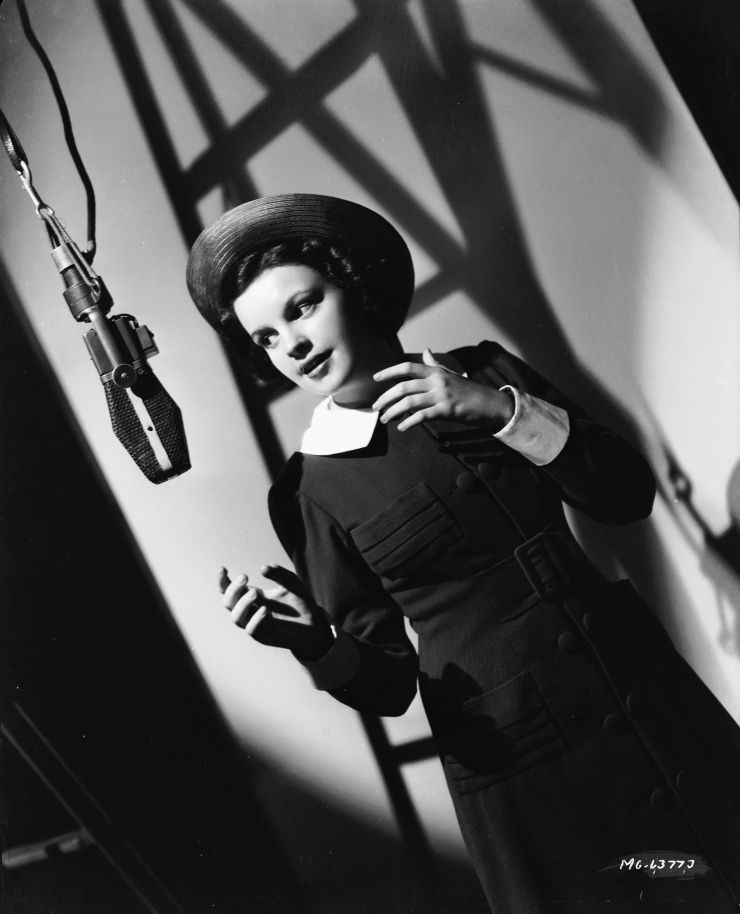 """Judy Garland - Albums: 3 Singles: 3 First induction: """"Over The Rainbow"""" (1981) Most recent: """"For Me And My Gal"""" (with Gene Kelly) (2010)"""