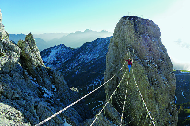 Klettersteig Däumling : Der däumling klettersteig in den karnischen alpen nepalbrücke