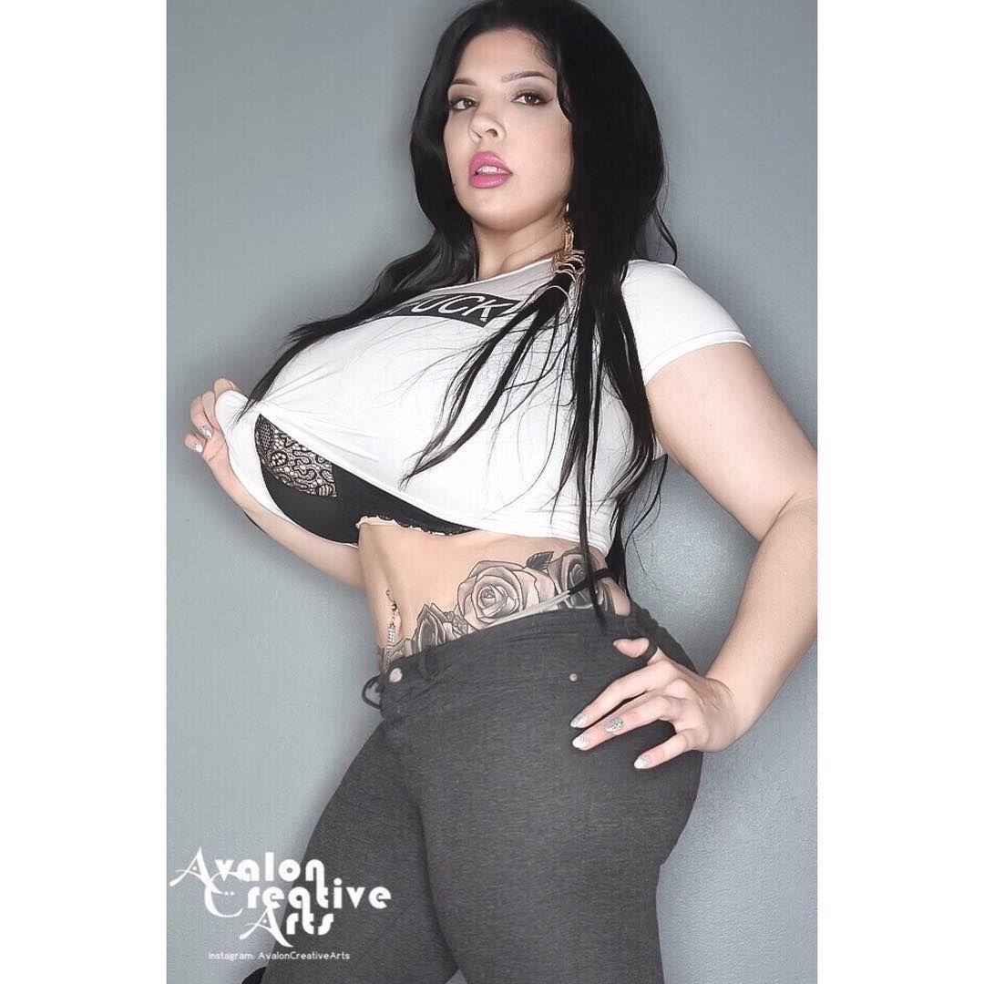Tattooed big tits chubby masturbation | XXX photo)