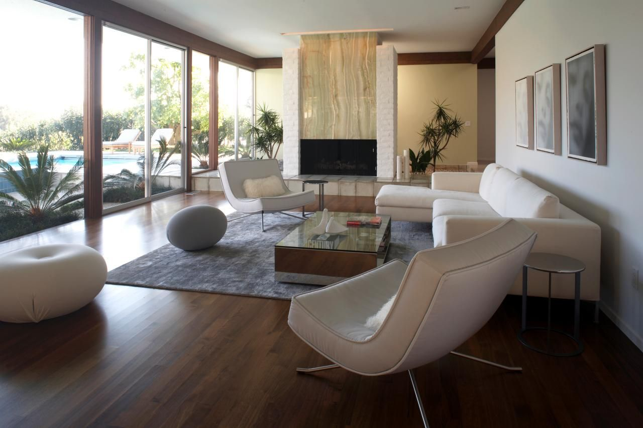 California Midcentury Modern Beach House  architecture