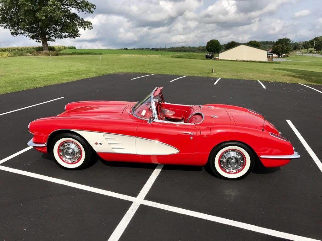chevrolet corvette 1960 voitures am ricaines d 39 occasion voitures am ricaines neuves voitures. Black Bedroom Furniture Sets. Home Design Ideas