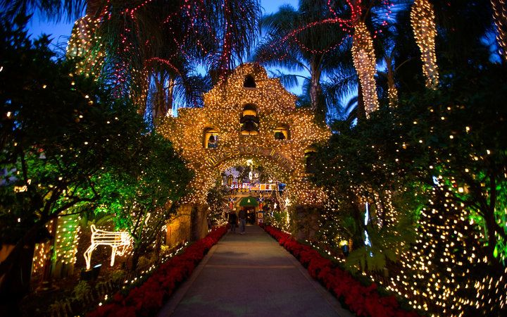 America's Best Hotels for Christmas: The Mission Inn Hotel & Spa, Riverside,  CA - America's Best Hotels For Christmas: The Mission Inn Hotel & Spa