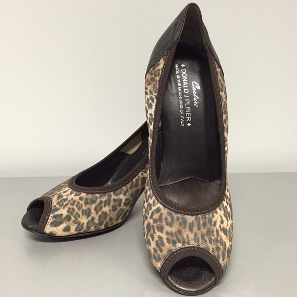 """Donald J. Pliner Couture Animal Print Peep Toes Slightly worn Donald J. Pliner animal print peep toe shoes. Mesh and leather upper with 3"""" heel. Very pretty shoes! Donald J. Pliner Shoes Heels"""