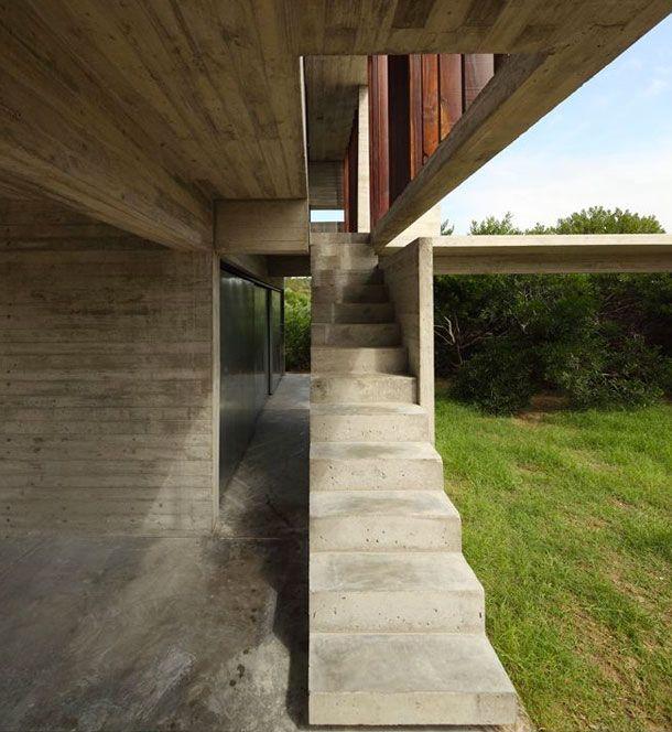 [ casa costa esmeralda | bak arquitectos | via: davidrepoirt.com ]