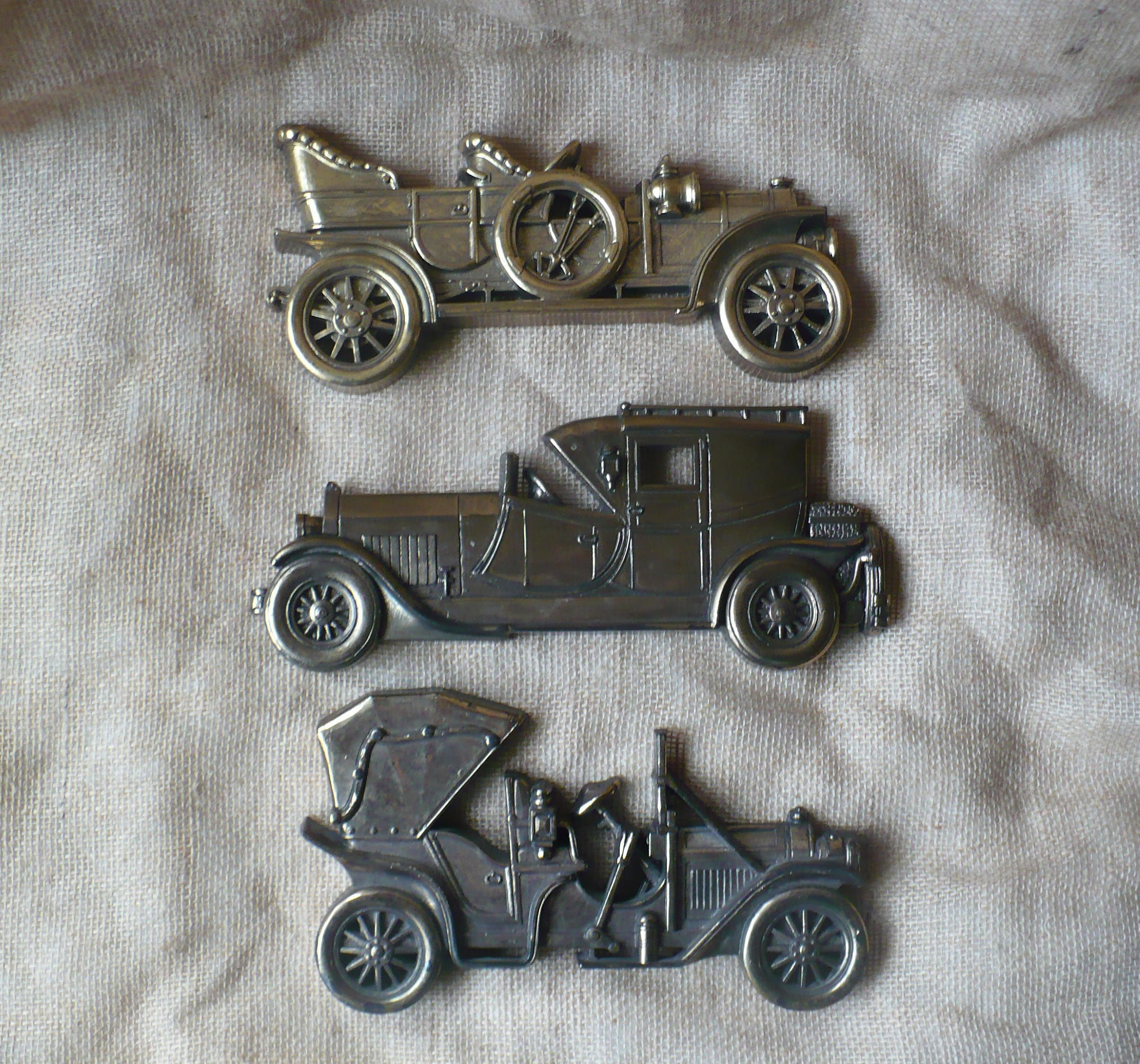 Antique Car wall decoration black plastic Great Gift