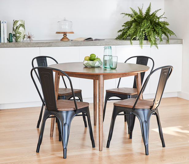 Tara 5 Piece Dining Set With Replica Bamboo Tolix Chair