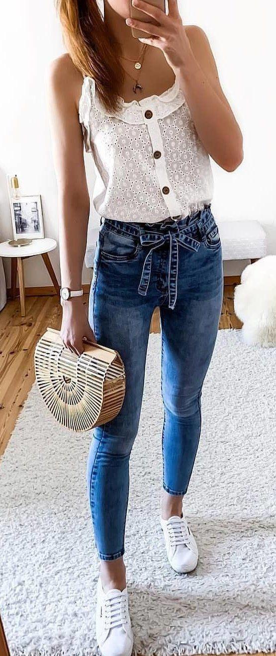 30+ eingängige Sommeroutfits zum Anziehen - Sommer Outfits #summeroutfits2019