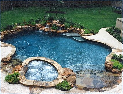 Beach Entry Pool For The Home Dual Beach Zero Entry Pool With Spa Pools Pinterest