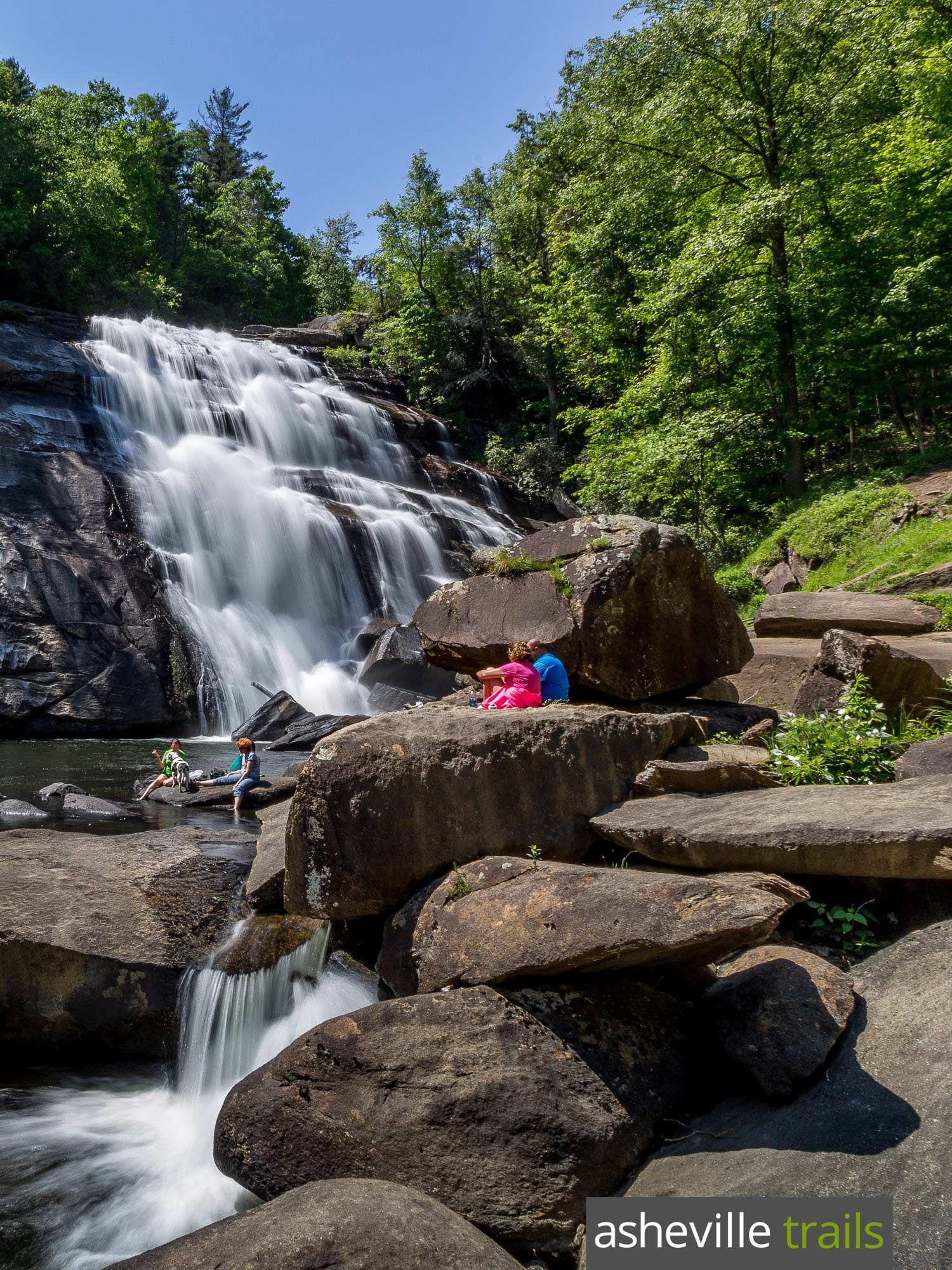 Rainbow Falls NC: hiking Gorges State Park #rainbowfalls