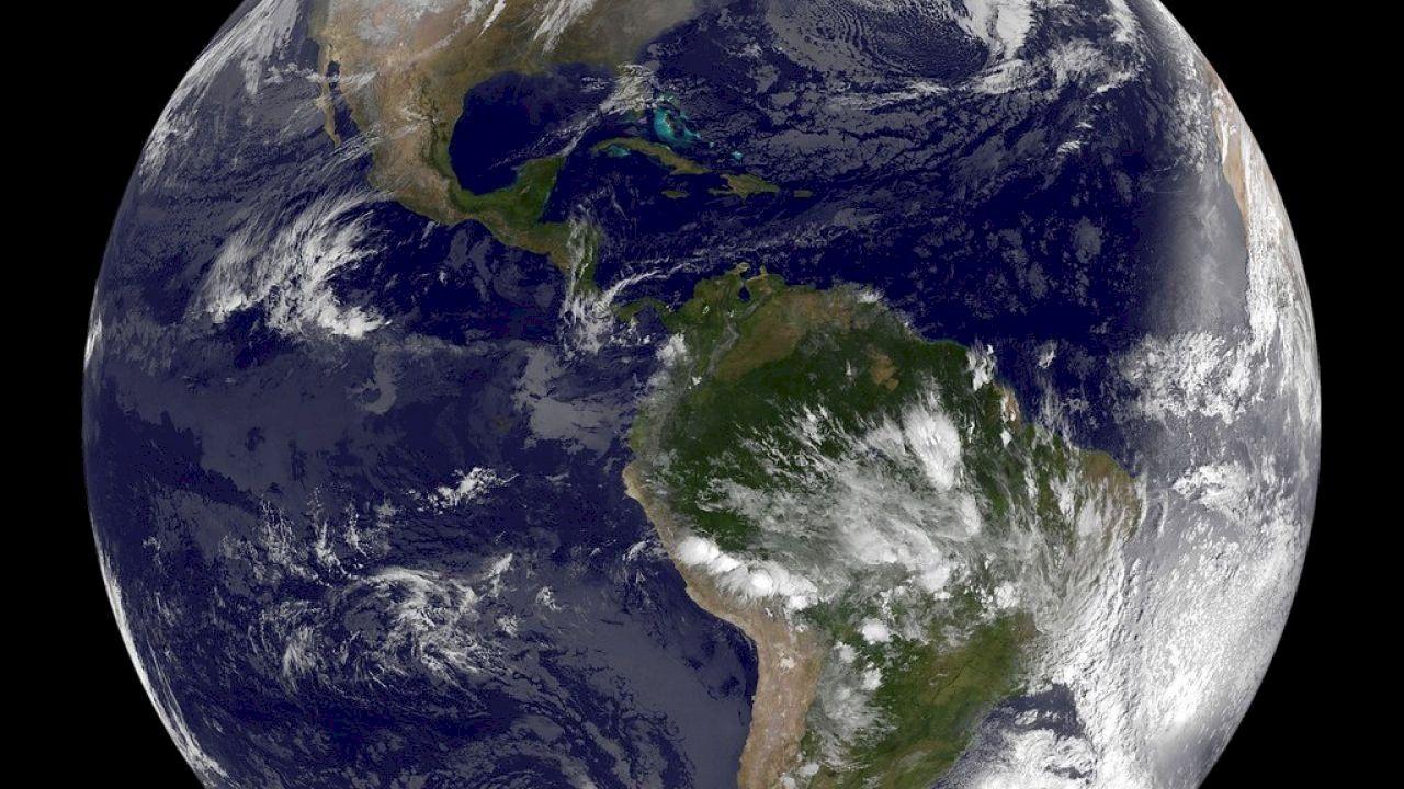 اقرب كوكب الى الشمس Mindanao Cold Front Grey Skies