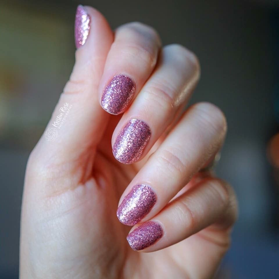 Color Street Shes Lit Christmas 2020 Nail Strips Stunning Pink Purple Glitter Nails | Purple glitter nails, Minute