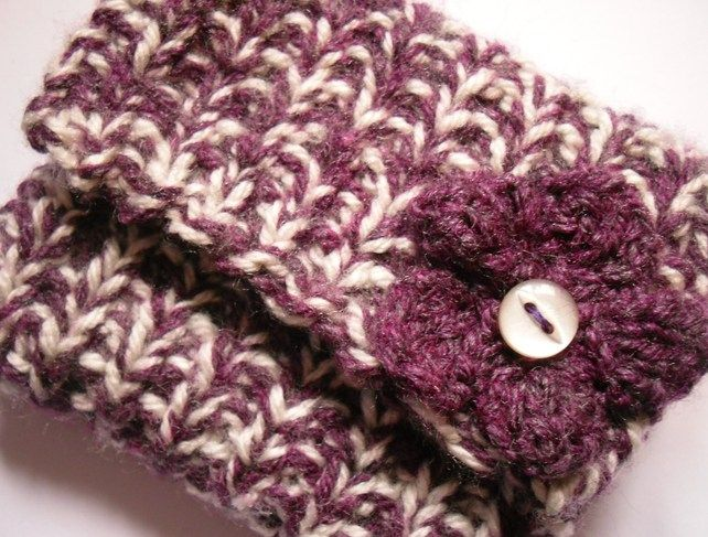 Purple and White Knitted Coin Purse   Crochet patterns ...