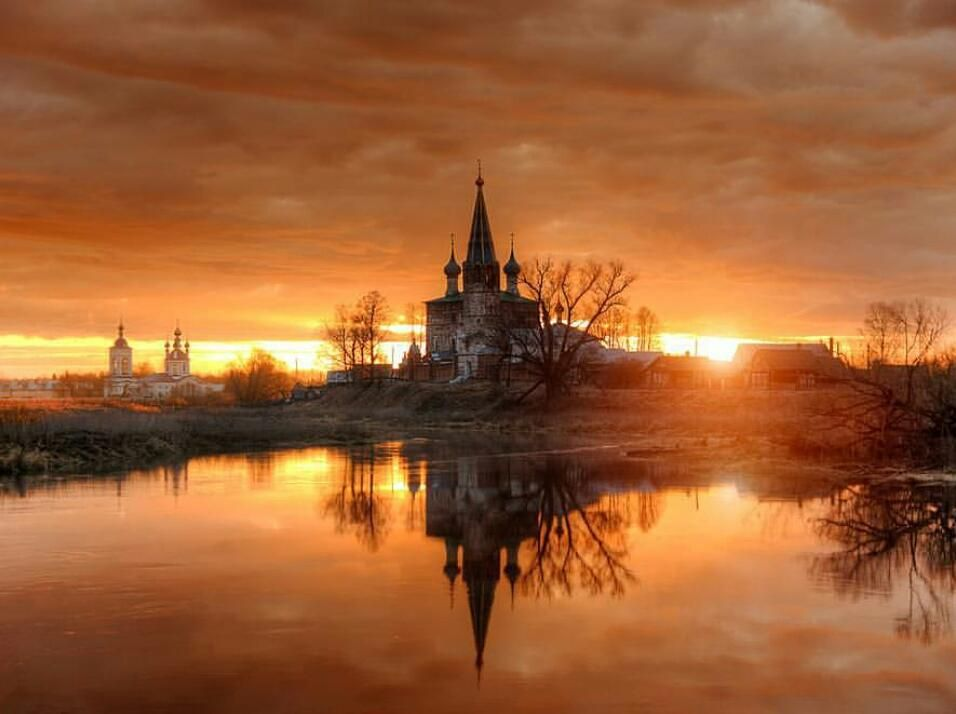 нуждается фото церквей на закате отметить