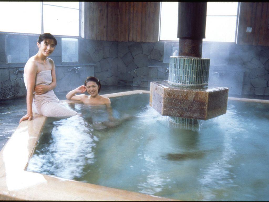 白馬八方温泉・第2郷の湯 | hot spring | Pinterest | Hot springs and Japan